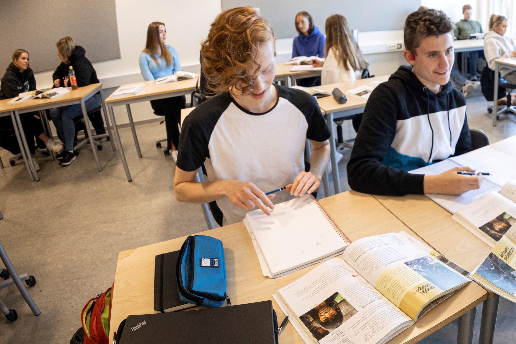 Anes spanskelever i en spansktime ved Charlottenlund videregående skole i Trondheim.
