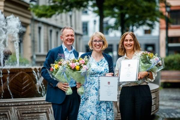 Forfatterne Geir, Julika og Petra som har vunnet William Nygaards legat 2019